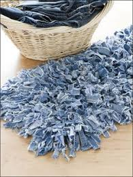 Denim Rag Rug This Area Rug Is Made From Recycled Jeans Up Cycle Recycle