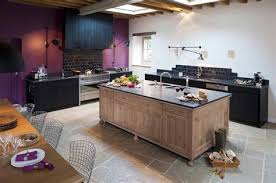 cuisine chene idee couleur mur cuisine 14 cuisine en chene massif amp teintes