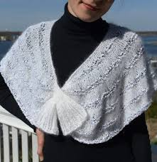 knitting pattern for angora scarf self fastening scarves and shawls knitting patterns in the loop