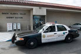 la deputy trapped in car crash wreckage mynewsla com