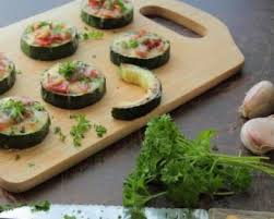 canape saumon recette canapés de courgettes aux rillettes de saumon