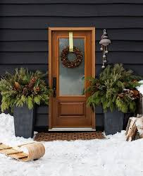 Outdoor Christmas Decorations Rustic by 25 Best Christmas Front Porches Ideas On Pinterest Christmas