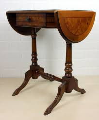 leather top side table english walnut side table with leather top catawiki