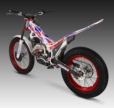 evo 2015 beta evo factory my2015 u2013 trial magazine uk
