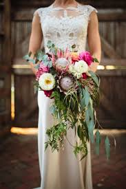 cascading bouquet which type of bridal bouquet is right for you southern graces