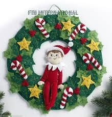 bucilla the elf on the shelf felt christmas wreath kit 86510