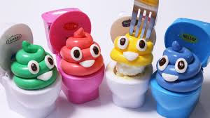 how to make edible play doh emoji marshmallow fondant toilet