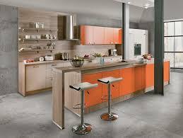 toff cuisine win orange magnifique modèle avec façades en coloris orange et