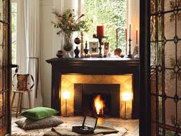 Decorate Inside Fireplace by 40 Christmas Fireplace Mantel Decoration Ideas