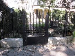 filebriggs staub house new orleans front gate jpg wikimedia