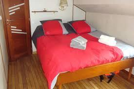 location chambre peniche chambre d hôte sur une péniche boats for rent in ain rhône