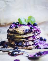 amazing paleo blueberry pancakes with blueberry cream paleomazing