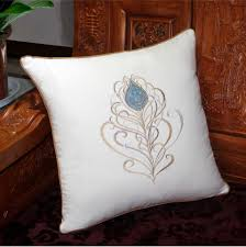 jeter un canapé oreillers plume de paon jeter battre canapé coussins brodés