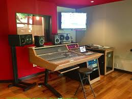 Recording Studio Desk Uk by Image Of Recording Studio Desk Diy Recording Studio Desk U2013 Home