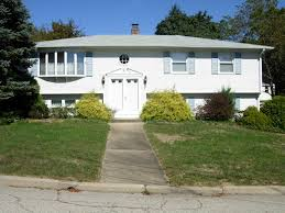 3 Bed 2 Bath House For Rent For Sale In West Warwick Rhode Island 02893 3bed 2bath Raised Ranch