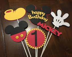 mickey mouse center pieces best 25 mickey mouse centerpiece ideas on mickey