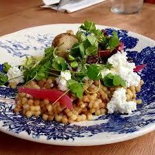 plat d automne cuisine plat végétarien fregula sarda légumes d automne ricotta