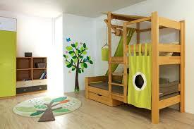 comment faire une cabane dans une chambre cabane pour lit lit cabane enfant cabane pour lit ikea
