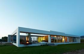 minimalist homes house blends easily with natural surroundings
