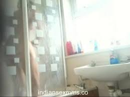 Indian Bathroom Hidden Camera Videos Desi Indian Housewife Hidden Cam Mms Scandal Xhamster Free