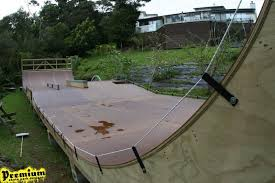 Wooden Ramps Premium Skate - Backyard skatepark designs