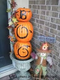15 spooktacular outdoor halloween decorations jpg 30 spooktacular outdoor halloween decorations black laces
