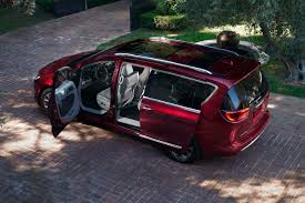 2017 chrysler pacifica family vacation minivan reinvention from