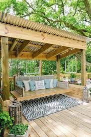 Patio Metal Roof by Best 25 Corrugated Metal Fence Ideas On Pinterest Metal Fence