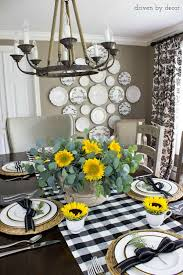 buffalo check table runner sunflowers and black and white buffalo check runner make up this