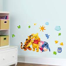 deco winnie l ourson pour chambre winnie l ourson animaux ours tigre amis stickers muraux pour enfants