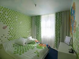 Home Interior Design Ideas On A Budget Green Hotel Decorating Homegoods Decorating With Emerald Green