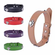 2018 fashion pu leather collar paw studded collars for dogs 3