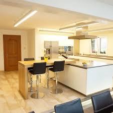 bartisch küche küche mit bartisch wüst schreinerei ag oberriet