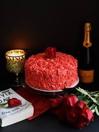 red velvet cake with cream cheese rosettes pepper delight