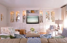 Built Ins For Tv Family Room Traditional With Persian Rug Recessed - Traditional family room design ideas