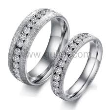 cheap engagement rings for men what s so trendy about matching men and women wedding rings