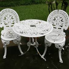 White Cast Iron Patio Furniture Vintage Chairs Antique Chairs And Retro Chairs Auction In Jewelry