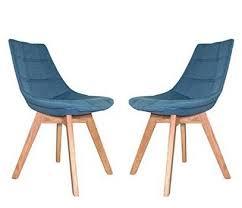 chaise bleue craquez sur une chaise scandinave bleue