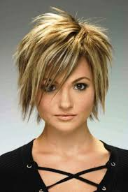 Short Haircuts For Thick Hair Must Try 10 Versatile Short Haircuts For Thick Hair Zestymag