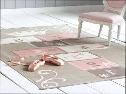 tapis chambre bébé ikea chambre fantastique chambre bébé ikea lit bebe transformable ikea