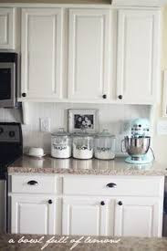 Pics Of Kitchen Backsplashes by 50 Inspiring Cream Colored Kitchen Cabinets Decor Ideas Cream