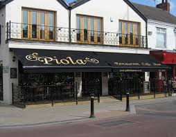Apple Annie Awnings Piola On Newland Avenue In Kingston Upon Hull Restaurant Awnings