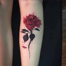 de tatuajes de rosas 45 estilos y diseños de tatuajes de rosas para mujeres tatuajes