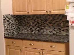 Kitchen Countertop Backsplash by Simple Kitchen With Countertop Backsplash Ideas And Stove