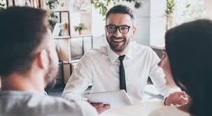 le bureau banquier quel est le profil idéal pour travailler dans la banque assurance