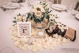 decoration mariage vintage mariage vintage livres au château de la mogère fleuriste mariage