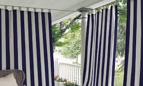 How To Hang Curtains Around Bed by How To Hang A Curtain Rod From The Ceiling Overstock Com