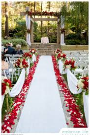 Wedding Decoration Church Ideas by Best 25 Red And White Wedding Decorations Ideas On Pinterest