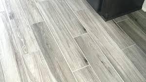 Rubber Plank Flooring New Rubber Flooring That Looks Like Wood Hardwood Floor Vinyl
