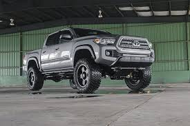 suspension lift kits for toyota tacoma country 4in toyota suspension lift kit 16 17 tacoma 4wd